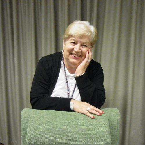 Senioripysäkin vapaaehtoinen tukihenkilö Kirsti Salonen